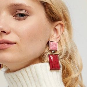 Jewelry - Red and pink drop earrings